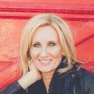 Headshot of Coach: J Lynne Stewart